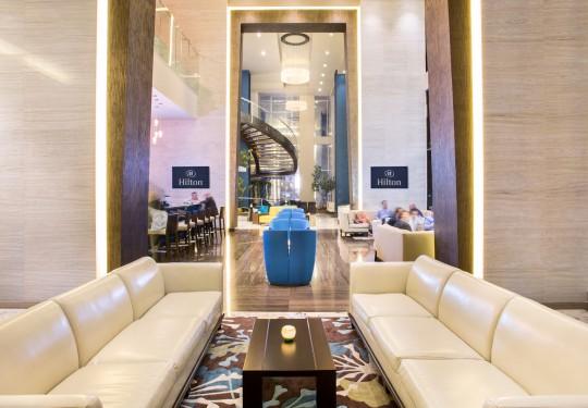 fotografo de interiores en panama - Blue Bar, Hilton Hotel, Panama city