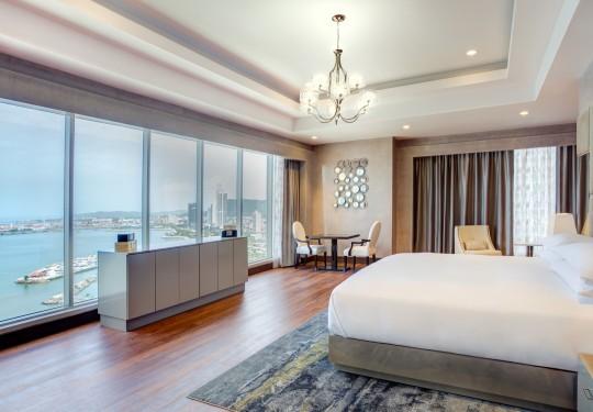 fotografo de interiores en panama - Ocean view suite room, Hilton hotel, Panama city